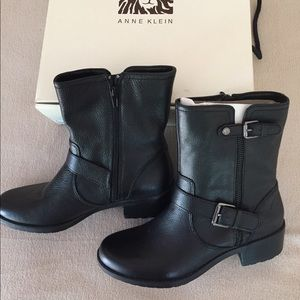 Ann Klein leather boots